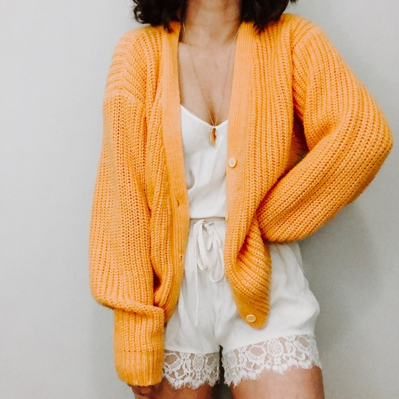 af74caf1143 VINTAGE• mustard yellow oversized sweater thank p3.  M 5c7b903e9fe4864dd96503dc